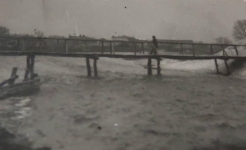 Весенний поток у мелового шпиля 1951 год.